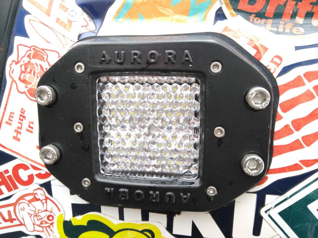 Свет и электрика: Дополнительный задний свет. Врезные модули рабочего света Aurora.